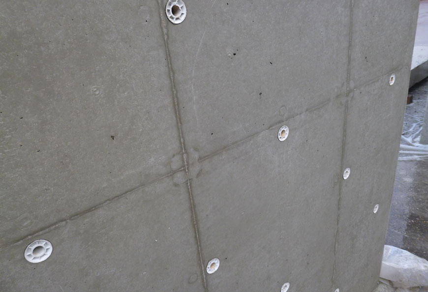 Nice and smooth concrete finishing after stripping formwork, tested in Germany